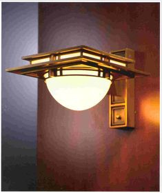 Robie 2 - Wall Sconce (Designed in 1906)