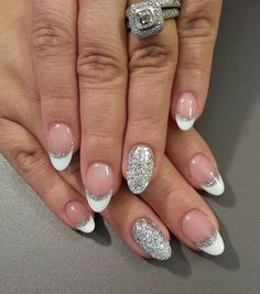 This manicure for me is timeless. Simple, enriched with a little glitter gel, standing beautiful on each hand. Ladys who prefer this manicure are your safe companion in life, simple (in the best sense of the word), next to who you will always feel safe.