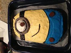 Made a Despicable Me cake!