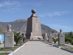 """www.gogoanhalzer.com  CIUDAD MITAD DEL MUNDO La Ciudad Mitad del Mundo, es la ciudad turística, comercial y científica más pequeña del Ecuador. En su interior se encuentra el Monumento Ecuatorial, posado sobre la Latitud 0º0'0"""", en el cual se puede estar en los dos hemisferios al mismo tiempo."""