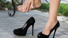 Conheça alguns truques para deixar os calçados mais confortáveis. Descubra o que fazer para evitar calos e bolhas nos pés.