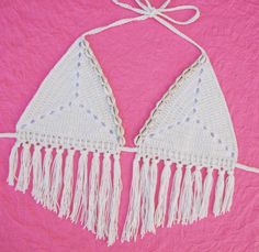 Free Crochet Pattern: Sand Dollar Bikini Top | Gleeful Things