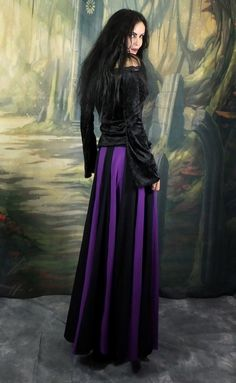 Cotton Lunalily Skirt - long cotton lycra witchy gypsy gothic steampunk skirt by Moonmaiden Gothic Clothing UK Steampunk Skirt, Gothic Steampunk, Ivanka Dress, Gothic Models, Goth Beauty, Gothic Outfits, Gothic Girls, Costume Design, Gothic Fashion