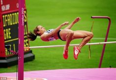 Jumping for victory: Jessica Ennis during the Women's Heptathlon High Jump at the Olympic Stadium Jess Ennis, Jessica Ennis Hill, Heptathlon, Shot Put, Military Training, Soccer Games, High Jump, Sport Body, Action Poses