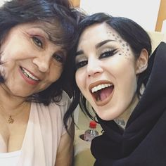 """11.2k Likes, 131 Comments - Kat Von D (@thekatvond) on Instagram: """"ITALIA! Mi hermosa Madre y yo estamos aquí! Landed safe n' sound and are ready to party! """""""