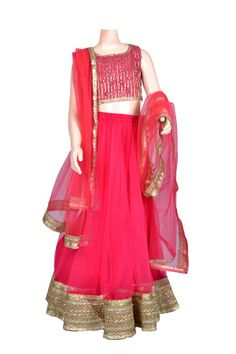 Flowy tulle lehnga with gold border and embroidered blouse. Kids Ethnic Wear, Embroidered Blouse, Projects For Kids, Kids Wear, Baby Dress, Angels, Tulle, Coral, Design Ideas