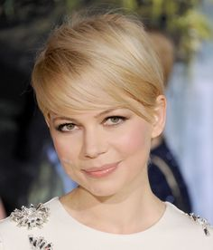 Get cutting tips for a modern pixie (a la Jennifer Lawrence, Michelle Williams, etc.) from Pureology's Ruth Roche.