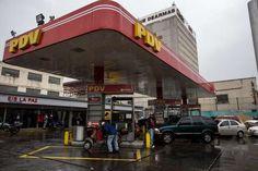 <p>El gerente de Comercio Internacional de la estatal Petróleos de Venezuela (Pdvsa) Marco Malavé fue detenido por supuestas irregularidades que desencadenaron las fallas en el suministro de combustible en el país, informó hoy el Ministerio Público.</p>