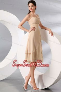 Champagne Sweetheart Knee-length Chiffon Dama Dresses with Ruche