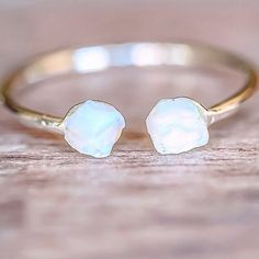 Who else loves this Silver Little Raw Opal Ring? ♥️ Also comes in Gold and Rose Gold || Available in our 'Mermaid' Collection || www.indieandharper.com