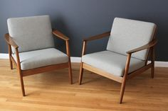 Pair of Mid-Century Lounge Chairs by Dux