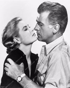 photo Grace Kelly Stewart Granger film Green Fire 3800-30
