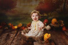 Copii si familie - Fotografie de familie by Magda Constantin Girls Dresses, Flower Girl Dresses, Studio, Wedding Dresses, Flowers, Painting, Mai, Fashion, Pictures