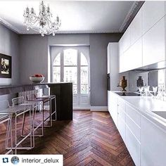 #Repost @interior_delux with @repostapp.  Lovely  Tag #interior_delux for repost  #kitchen  Such a great look and so up to date! #tileaddiction #interiordesign #tilestyle #tileart #tiles #luxe #luxury #welovetiles #instagood #instapic #house #homedecor #homeart #decorate #kitchendesign #interior4all by reedharristiles