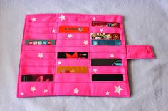 Miss Bee Little coud pour vos p'tits bouts!: Porte cartes de fidélité rose fluo et violet tout en étoiles