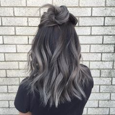 "2,097 Likes, 212 Comments - Janet Nguyen (@loveisinthehair_byjanet) on Instagram: ""Rock your roots! Again all done with fanola!  Roots 5.1  Mid-ends 9.11 + silver Argento + blue…"""