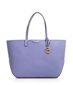 Designer handbags, fashion jewelry and accessories by Henri Bendel. Shop the Henri Bendel signature collections of luxury handbags for women in a wide selection of styles. Designer Totes, Henri Bendel, Michael Kors Hamilton, Luxury Handbags, Tote Handbags, Leather Bag, Purses And Bags, Satchel, Fashion Jewelry