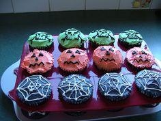 halloween cupcakes rellb - Halloween Inspired Cupcakes