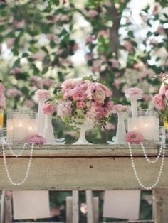 I know this is a tablescape but how pretty would something like the be on a mantel!? Love the pearls!