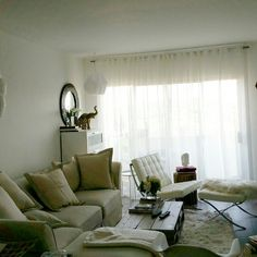Shades of white living room corners
