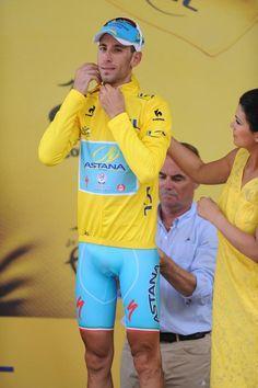 Vincenzo Nibali (Astana) Photo credit © Fotoreporter Sirotti