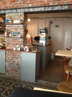 Glänzt mit Gemütlichkeit und einem tollen Frühstücksangebot: Café Rotkehlchen - Köln