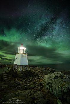 [ aurora lighthouse ] by Deryk Baumgärtner ⭐⭐⭐ on 500px