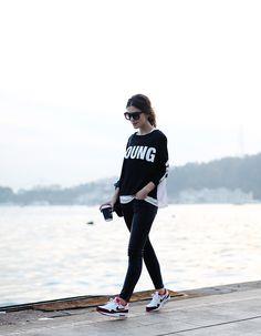 HAPPINESS Happiness T-Shirt Mango AW14 Jeans / Yeni Sezon Nike Air Max AW14 / Yeni Sezon – Buradan ulaşabilirsiniz Rains Backpack / Sırt Çantası