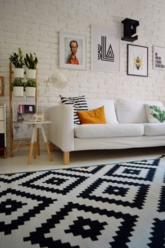 perfect apartment living room decor ideas on a budget 3 Living Room Remodel, Apartment Living, Black And White Living Room, Apartment Decorating On A Budget, Ikea Living Room, Home Decor Inspiration, Decor Ideas, Decoration, Living Room Designs