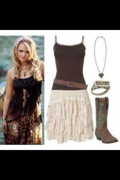 Country outfit- Miranda Lambert - love it my style Country Girl Outfits, Country Girl Style, Country Fashion, Cowgirl Outfits, Western Outfits, Western Wear, Cowgirl Boots, Country Jam, Cowgirl Baby