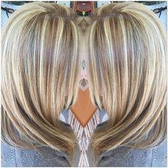 Instagram media by dama_35 - Platinum Blonde @rizos_spa #hairbydamaris #hair #hairstyles #olaplex #hairstylist #blonde #brunette #redhair #blackhair #platinumblonde #silverhighligts #haircuts #ombre #balayage #highlights #lowlights #hairtinte #newlook #beautifulhair #updos #braids #healthyhair #extensions #microclips #dama_35 #RIZOSHAIRSALON #RIZOSSPA