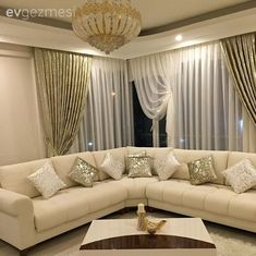 14 rooms with an eye-catching look using gold color . - Decoration For Home Corner Sofa Design, Sofa Bed Design, Living Room Sofa Design, Bedroom Bed Design, Home Room Design, Living Room Designs, Luxury Sofa, Luxury Interior, Living Room Partition