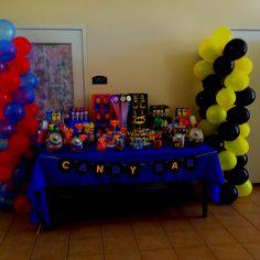 Batman and Superman Candy buffet!