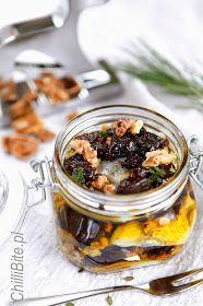 ChilliBite.pl - motywuje do gotowania!: Wyśmienite śledzie w oliwie ze śliwką