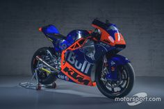 Bike of Philipp Öttl, Red Bull KTM at KTM Racing launch High-Res Professional Motorsports Photography Motogp, Red Bull, Yamaha, Motorcycles, Product Launch, Racing, Bike, Photography, Running