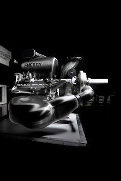 F1-live.hu - Képeken a Renault idei F1-es motorja, az Energy F1!