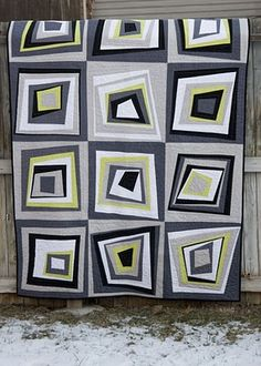 A Kona Solid Quilt ... white, block, coal, ash, and cactus. LOVE