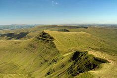 Brecon Beacons National Park, Wales; Photo: Cribyn