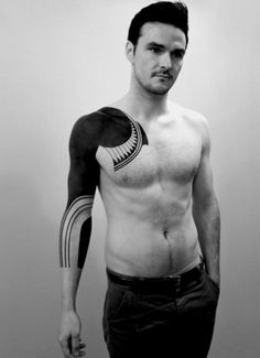 Discover blackout and blackwork body art with the top 70 best all black tattoos for men. Explore cool bold designs with solid ink. Boys With Tattoos, Trendy Tattoos, Black Tattoos, Tribal Tattoos, Tasteful Tattoos, Solid Black Tattoo, Indian Tattoos, Sweet Tattoos, Popular Tattoos
