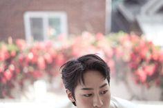 이재욱과 마르꼬의 연결고리 (ft.알함브라 궁전의 추억 비밀병기) : 네이버 포스트 Mbc Drama, Let Them Talk, Korean Actors, Aesthetic Wallpapers, Kdrama, Boyfriend, Wattpad, Sweets, Star