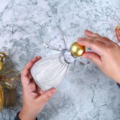 Ange DIY en bouteille recyclée - Une activité de Tête à modeler Art N Craft, Diy And Crafts, Angels, Christmas Decorations, Teacher, Angel Wings, Crafts, Diy Crafts, Christmas Sewing Projects