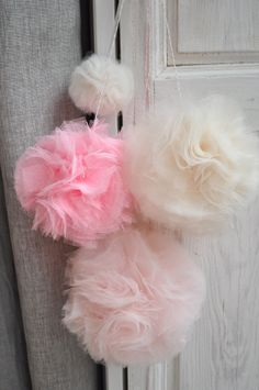 pompons en tulle...except its in a Language I don't read!