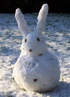 Interesting Snowman Photos: Fun & Unusual Ways To Build Snowmen - The Fun Times Guide to Weather