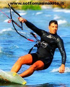 Seguici su www.sottomarinakite.it !!!