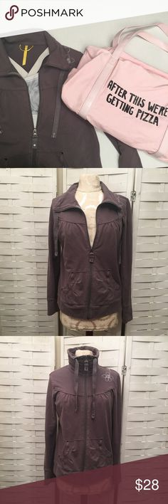 Lole jacket N.148 funnel neck jacket in good condition! Light pilling throughout (pictured above) no holes or stains. The color is like a faded gray ish brown. Zipper works perfect. Adorable details and super soft! 95% organic cotton 5% elastane. Lole Tops Sweatshirts & Hoodies