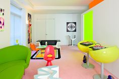 Psychedelic New York Apartment by Karim Rashid -check out those turntables!