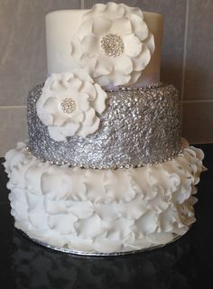 Silver Sequin Cake with Sugar Flowers Sequin Cake, Bling Cakes, Silver Cake, Sugar Flowers, Silver Sequin, Wedding Cakes, Anniversary, Bling Bling, Sweet
