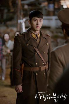 Hyun Bin - Crash Landing on You Hyun Bin, Jung Hyun, Kim Jung, Asian Actors, Korean Actors, Asian Celebrities, Celebs, Korean Drama Movies, Kdrama Actors