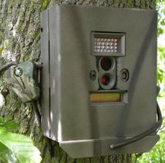 Cam Lock Box for Moultrie D55 Game Camera by CamLockBox. $34.89. Protects Camera from the elements,theft and animals. Baked on powder coat finish. Made of all steel construction. Python Cable compatible. Security Boxes That Fit Moultrie D55 Style Lockboxes that fit Moultrie D55,D55IR, cameras are made of all steel construction with baked on powder coat finish, then a camo break paint is applied. They can be screwed to a tree, (or they can be bungeed and a python...