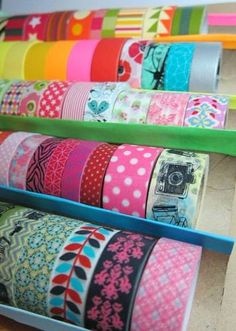 Washi tape tray from paper towel rolls - home sweet home. Washi Tape Uses, Washi Tape Crafts, Masking Tape, Paper Crafts, Diy Washi Tape Storage, Art Storage, Craft Room Storage, Craft Organization, Craft Rooms